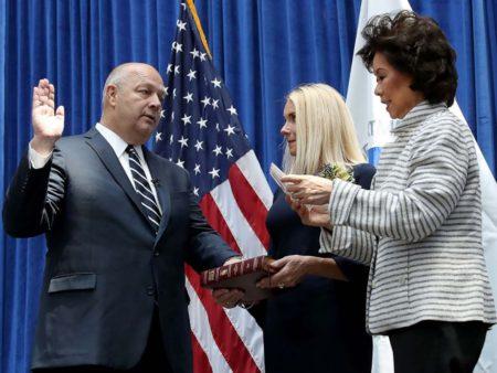 Stephen Dickson durante la ceremonia de toma de posesión como nuevo máximo responsable de la FAA.