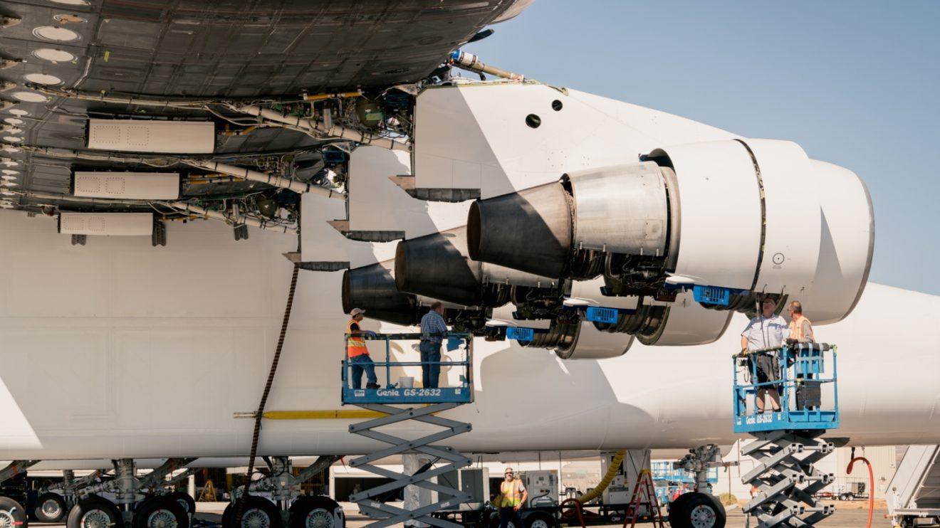 Seis motores Pratt & Whitney PW4000 equipan al Stratolaunch.