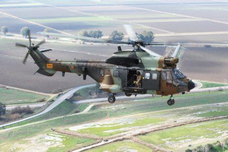 Super Puma del BHELMA IV como en el que volaba la soldado María Jesús Patiño el día del incidente armado.