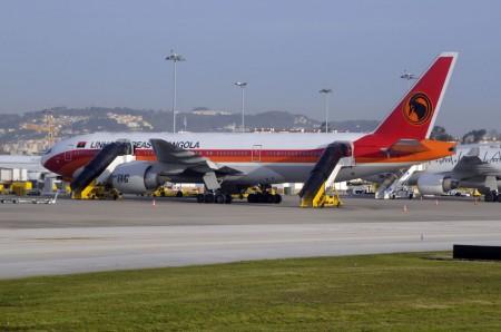 Algunas aerolínes, como la angoleña TAAG sólop ueden volar a Europa con determinados modelos avión y en determinadas condiciones