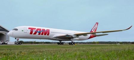 Todavía sin sus motores, así luce el primer Airbus A350 de TAM.
