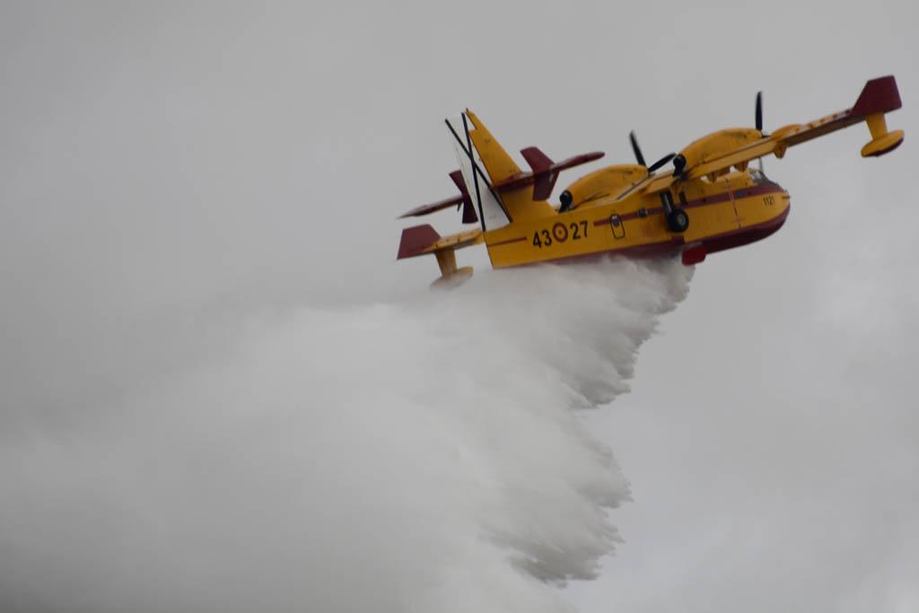 Canadair CL-215T