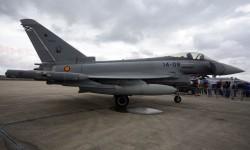 En la estática el primero de los Eurofighter en lucir los emblemas del Ala 14 de la base aérea de Los Llanos (Albacete).