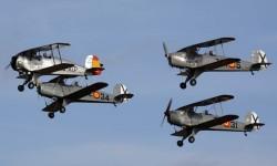 La Fundación Infante de Orlenas y sus aviones históricos fue la encargada de abrir las demostraciones en Aire 75.