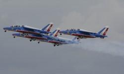 Francia, Italia, Polonia y Suiza mandaron sus patrullas acrobáticas militares a Aire 75.