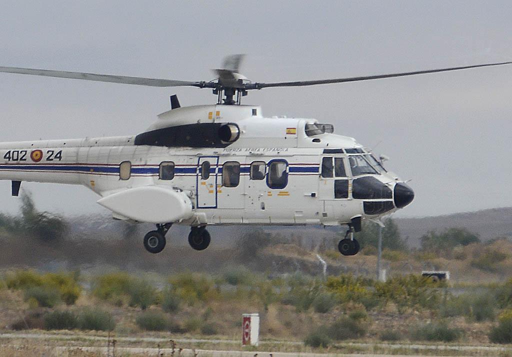Llegada de Felipe VI y Juan Carlos I a Aire 75