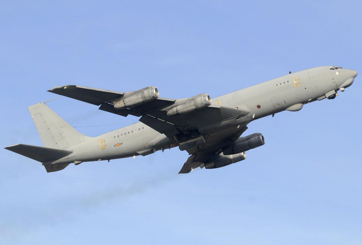 Boeing 707 de inteligencia electrónica
