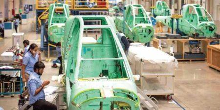 Cadena de producción de fuselajes de AH-64 en India.