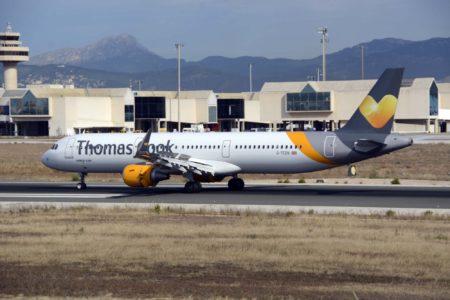 Airbus A321 de Thomas Cook Reino Unido. Su historia se remonta a 1972 cuando se fundó Airtours, aerolínea y tour operador que se fue fusionando con otras y cambiando de nombre hasta el actual.