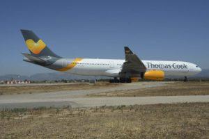 Uno de los Airbus A330 de Thomas Cook Scandinavia en el aeropuerto de Palma de Mallorca el pasado verano.