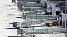 Pasarelas de embaque en la T4 del aeropuerto de Madrid Barajas.