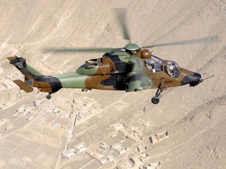 Tigre del ALAT sobre Libia.