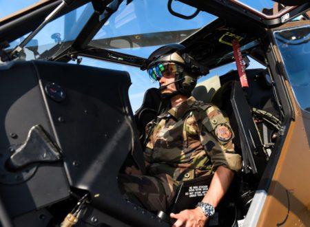 Piloto francés de Tigre con el casco TopOwl-