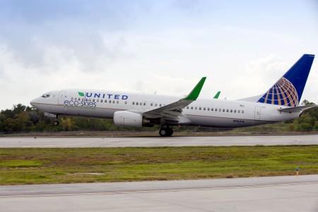 Boeing 737-800 de United