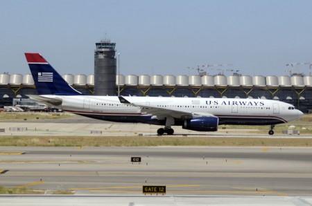 US Airways y American compiten en pocas rutas sin escalas.