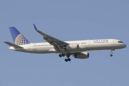 Con pequeños cambios respecto a la versión inicial, el Boeing 757-200ER se hizo el rey de las rutas transoceánicas de poca demanda.