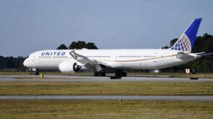 Entre las entregas de Boeing en abril ha estado un B-787-10 a United.