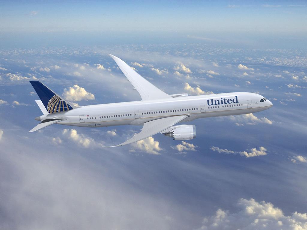 Boeing 787 con colores de United