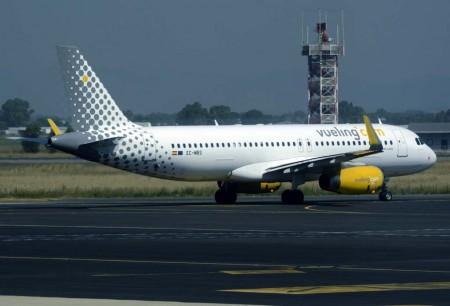 Airbus A320 de Vueling en Roma Fiumicino.