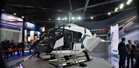 El VRT500 ha hecho su debut internacional en el salón de Dubai de 2019.