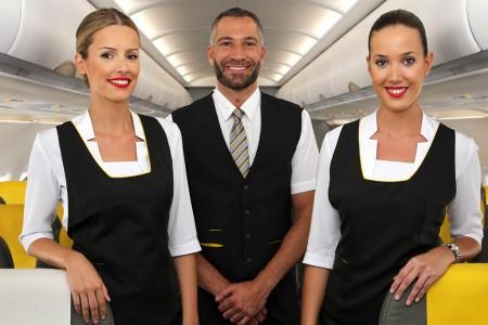 Nuevo uniforme de servicio a bordo en Vueling.