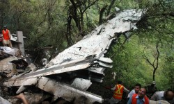 Imagen del accidente del A321 de Air Blue en Islamabad (Foto AP)