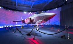 Los dos primeros Lockheed Martin F-35A para Australia han salido de la cadena de montaje.