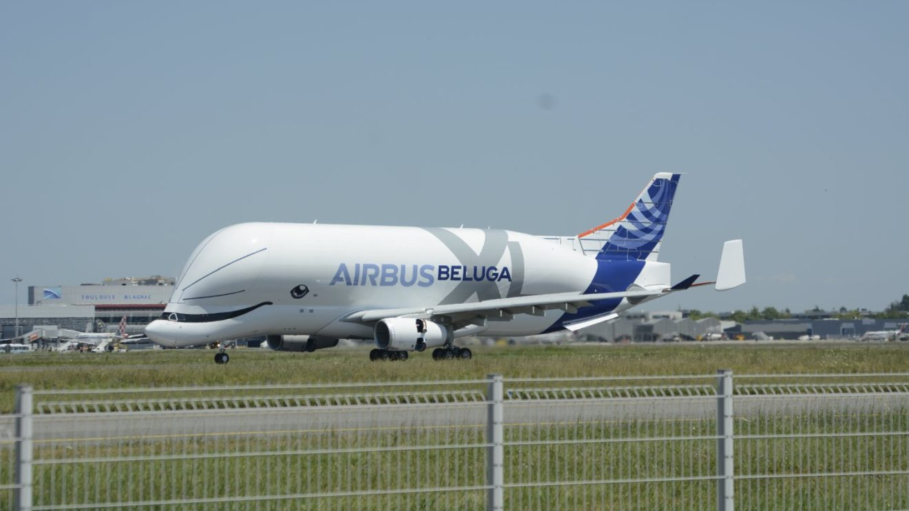 Aterrizaje sin incidencias a las 14:39 hora local de Toulouse-