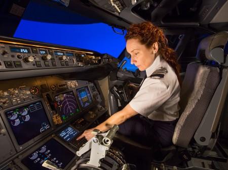 Boeing estima que hasta 2035 las aerolíneas necesitarán incorporan 617.000 nuevos pilotos