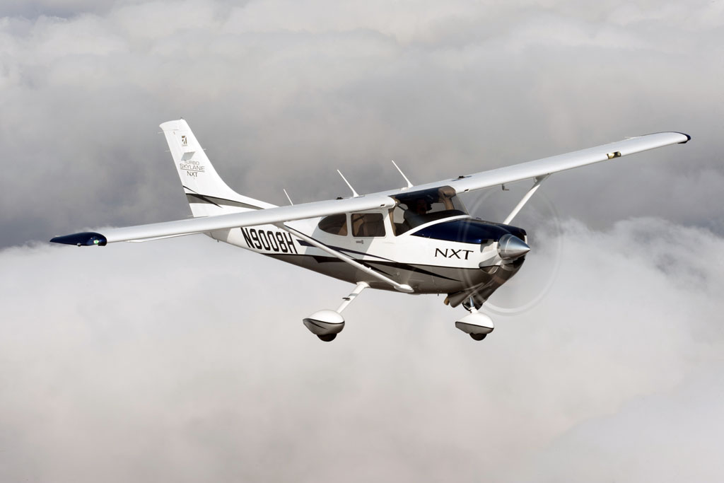 Cessna Turbo 182 MXT