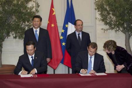 Firma del acuerdo entre Airbus Helicopters y Avicopter en Francia.