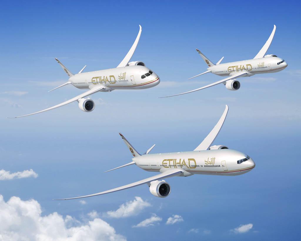Boeing lanzo el B-777X y vendió el B-787 número 1000 en 2013
