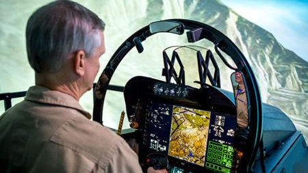 Simulador del nuevo cockpit del F/A-18 Super Hornet Block III.