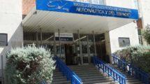 Entrada principal de la Escuela Técnica Superior de Ingeniería Aeronáutica y del Espacio.