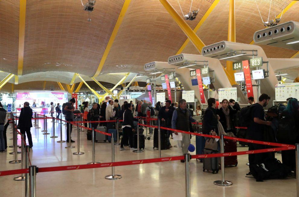 El transporte aéreo se prepara para la reactivación de los viajes en avión.