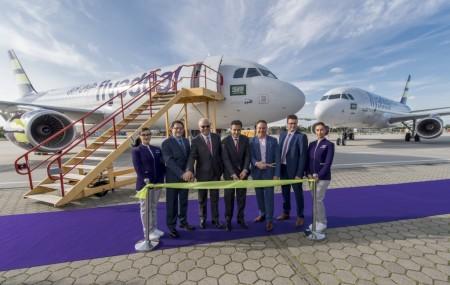 Ceremonia de entrega de los dos primeros A320 de Flyadeal.