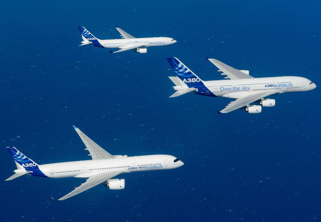 Vuelo en formación de A330, A380 y A350.