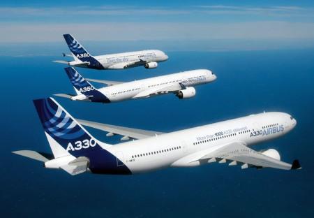 Vuelo en formación de A330, A350 y A380