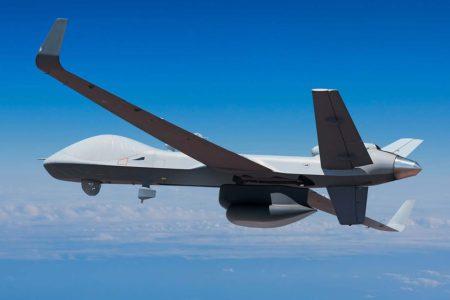 MQ-9B en versión Seagurdian con radar de búsqueda marítima.