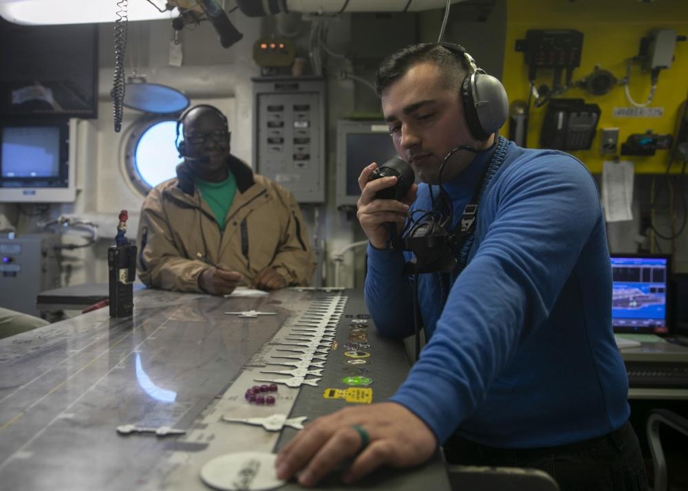 La Tabla Ouija del Gerald R Ford, el tablero donde se controla la posición de cada avión en la cubierta en tiempo real.