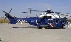 Eurocopter estuvo representada por este Cougar de la Policía y un EC-135 de la Guardia Civil.
