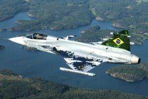 Saab ha decorado con la bandera brasileña la cola del primer Gripen E de producción para ese país.