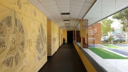 La escuela de pilotos Aerotec estrena nuevas instalaciones en Cuatro Vientos