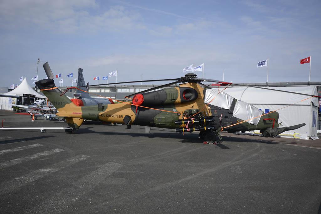 El turco TAI ATAK ha sido desarrollado a partir del Agusta Westland A129 Mangusta.
