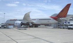 Boeing expone este año tan solo un B-787 con colores de Air India.
