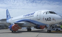 La aerolínea Interjet de México recibirá su primer SSJ100 en Le Bourget.