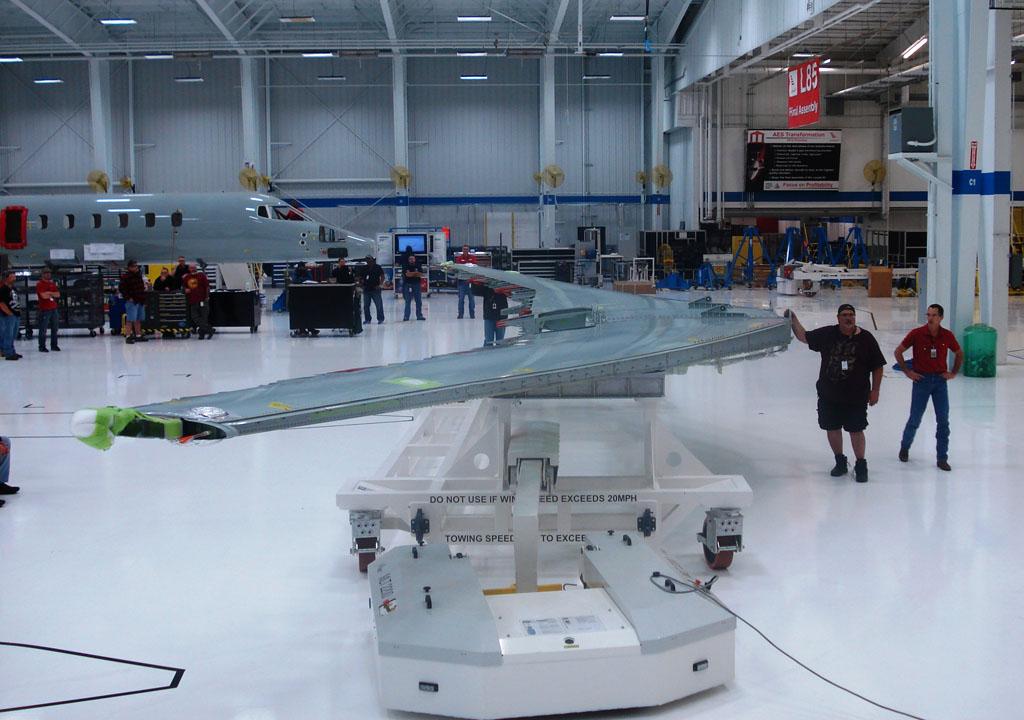 Alas del primer Learjet 85