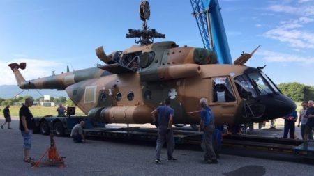 Uno de los Mi-17 afganos que la OTAN se encargó de reparar en Europa.
