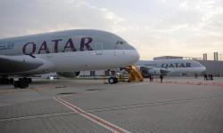 Los dos primeros Airbus A380 de Qatar Airways en las instalaciones de Airbus en Finkenwerder