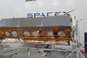El satélite español Paz en sus útlias pruebas antes de su lanzamiento.